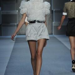 Foto 14 de 15 de la galería karl-lagerfeld-primavera-verano-2010-en-la-semana-de-la-moda-de-paris en Trendencias