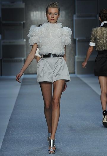 Foto de Karl Lagerfeld, Primavera-Verano 2010 en la Semana de la Moda de París (14/15)