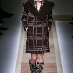 Foto 22 de 23 de la galería valentino-otono-invierno-20112012-en-la-semana-de-la-moda-de-paris-la-moda-esta-triste en Trendencias