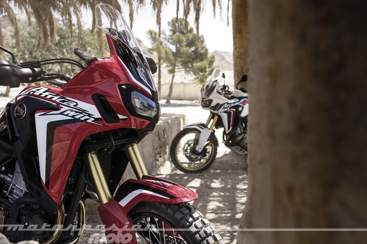 Foto de Honda CRF1000L Africa Twin (46/98)