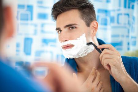 Las ventajas de un rostro rasurado ante la barba: algo más allá de la estética