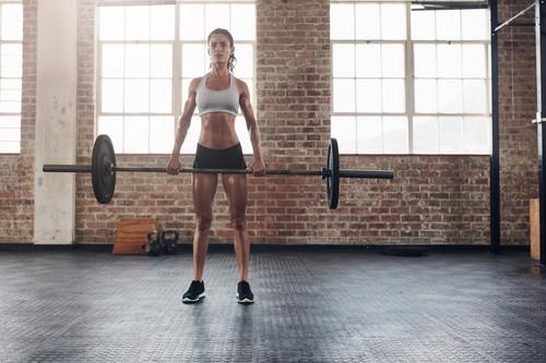 Cinco ejercicios para hacer crecer tus glúteos en el gimnasio