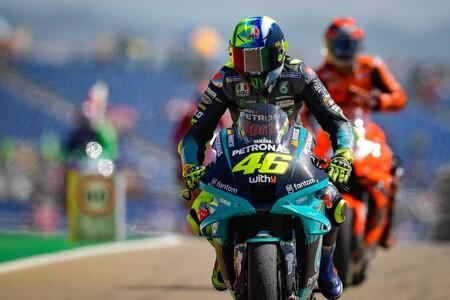 """Valentino Rossi acabó penúltimo por segunda carrera consecutiva en MotoGP: """"Esperaba luchar por los puntos"""""""