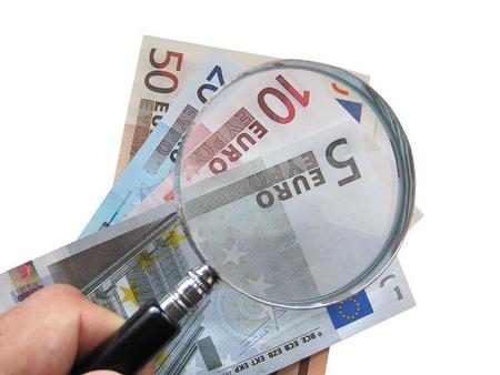 El veto a las operaciones en efectivo de más de 2.500 euros es insuficiente