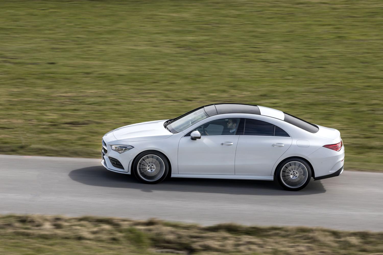 Foto de Mercedes-Benz CLA Coupé 2019, toma de contacto (99/248)