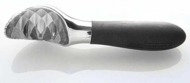 Cuchara con sierra para helado