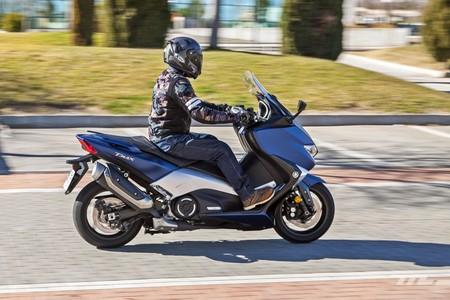 Yamaha Tmax Dx 2018 019