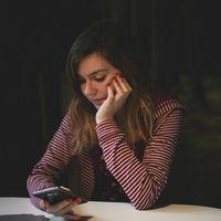 """""""Mucho mejor que un tanatorio"""": así viví un velatorio con mis familiares en WhatsApp"""