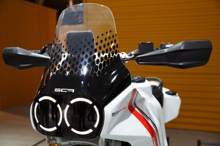 Scrambler Ducati Desertx Motard Concept 2020 001