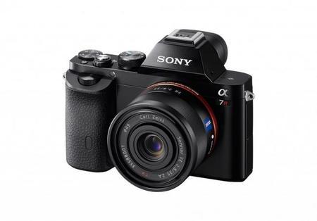 Sony lanza la línea Alpha A7, sus primeras cámaras full-frame sin espejo