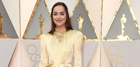 Dakota Johnson demasiado recatada en los Oscar 2017
