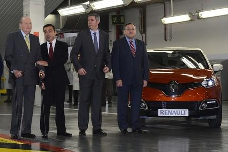 Visita de Juan Carlos I a Renault Valladolid