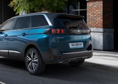 Peugeot 5008 2021 03
