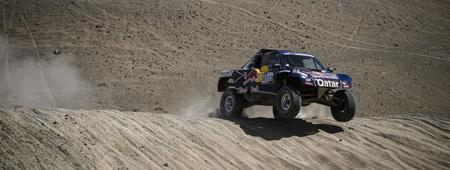 Carlos Sainz no asegura su regreso al Dakar