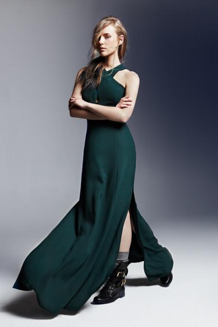 Vestido verde escote halter abertura lateral U Adolfo Dominguez catalogo otono invierno 2013 2014