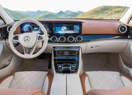 Mercedes Benz E Class 2017 1024x768 Wallpaper 33