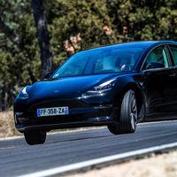 El Dyno Mode del Tesla Model 3 convierte este coche eléctrico digital en un automóvil analógico