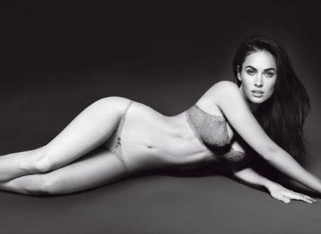 Megan Fox explosiva en lencería para Armani Underwear: todas las imágenes de la campaña