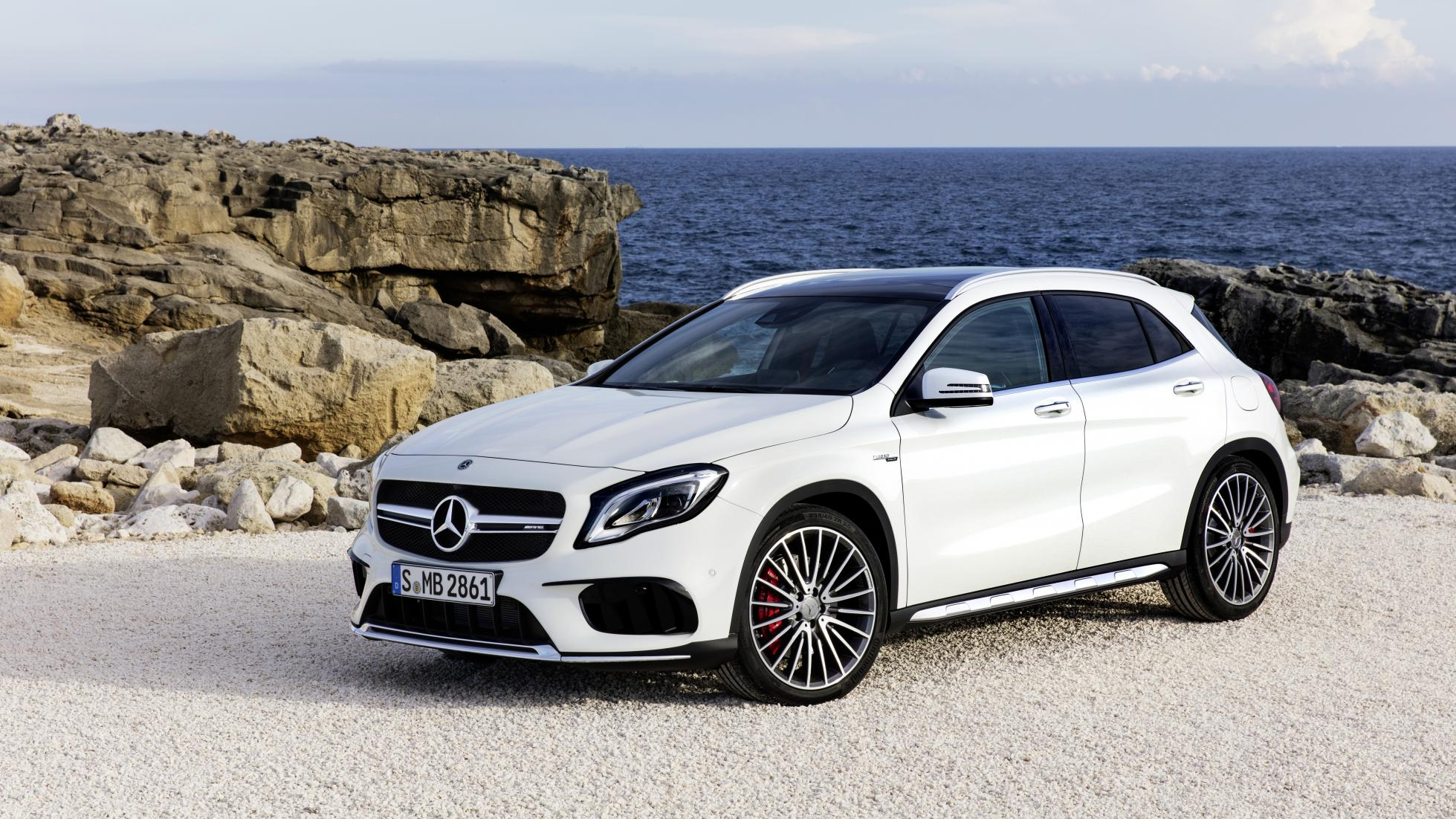 mercedes benz gla 2018 cambios muy ligeros que lo mantienen fresco. Black Bedroom Furniture Sets. Home Design Ideas
