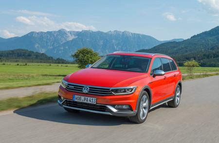 Se 'fuman' la versión de acceso del VW Passat Alltrack para España