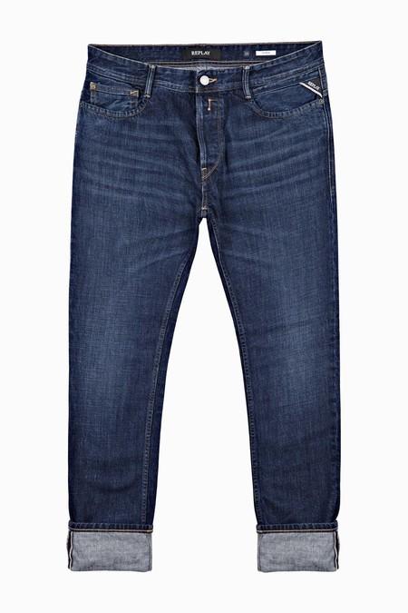 El Denim De Replay Le Pone Un Toque Vintage A Tu Look De Otono Con Su Linea De Jeans Envejecidos 3