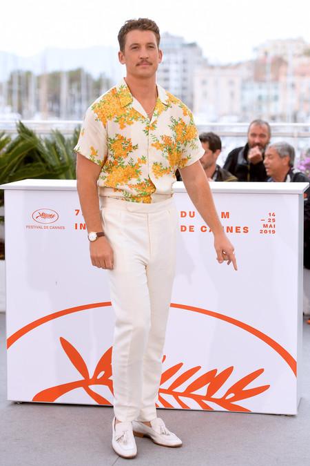 Miles Teller Demuestra Como Se Lleva El Total Look En Blanco En Primavera A Su Paso Por Cannes 02