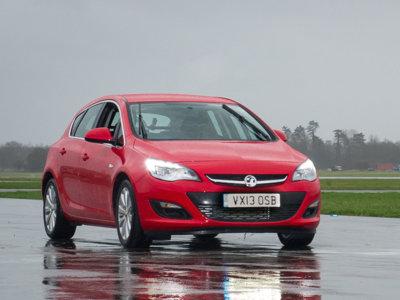 ¡Adiós al Vauxhall Astra de Top Gear! Ya ha sido subastado en eBay