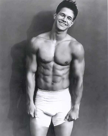 De cuando Mark Wahlberg era Marky Mark