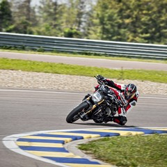 Foto 39 de 68 de la galería ducati-monster-1200-s-2020-color-negro en Motorpasion Moto