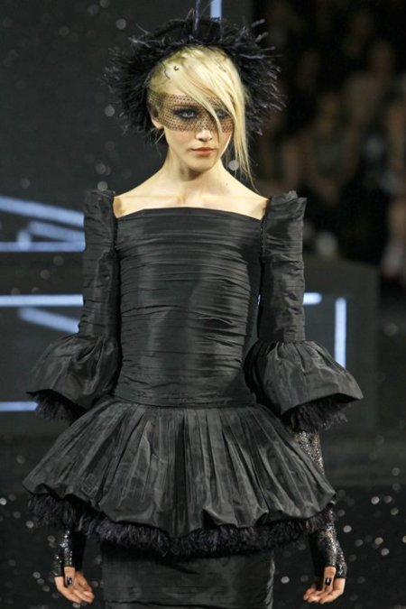 Negro Chanel Alta Costura
