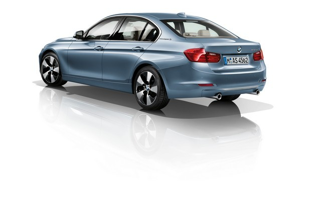 BMW serie 3 híbrido trasera