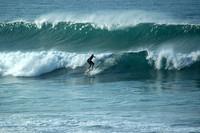 Si no hay olas, vuelves gratis. Portugal se promociona entre los surferos.