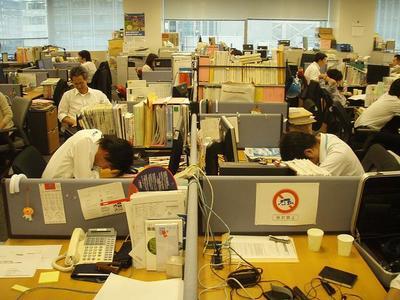 El fantasma del trabajo en exceso continúa ahí: una nueva muerte en China lo reaviva