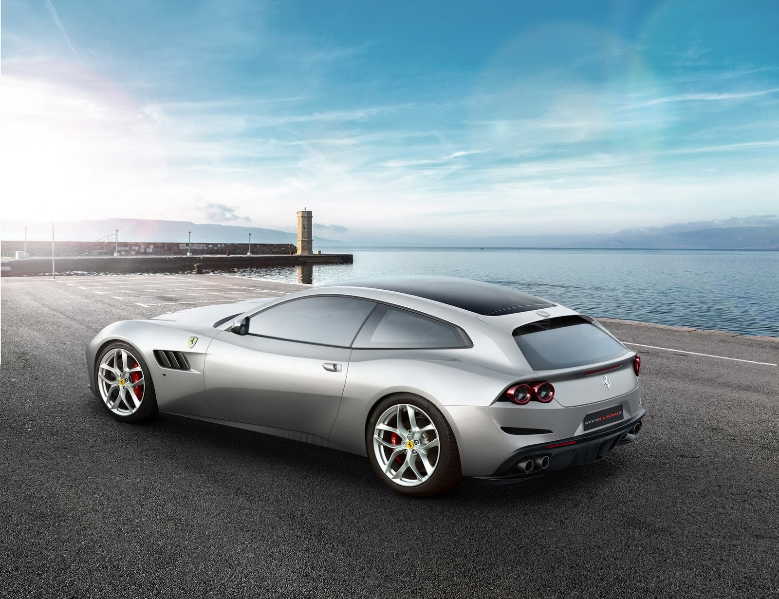 Foto de Ferrari GTC4 Lusso T (1/4)
