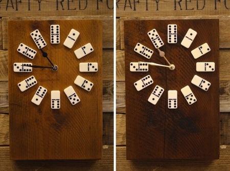 Recicladecoración: un reloj hecho con fichas de dominó