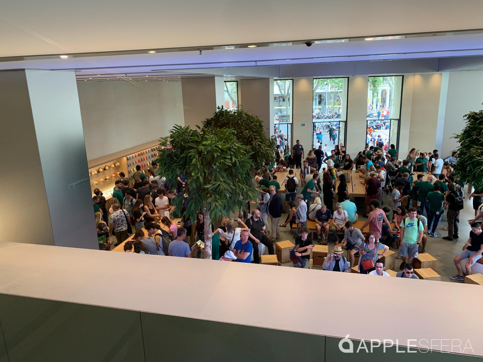 Foto de Apple Store Passeig de Gràcia (16/28)