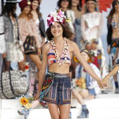 Foto 5 de 24 de la galería desigual-ha-sido-la-firma-encargada-de-inaugurar-la-primera-edicion-de-la-pasarela-mercedes-benz-fashion-week-ibiza en Trendencias