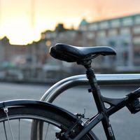 ¿Puedes ir en bici durante el estado de alarma? El vídeo del ertzaina que abronca a un ciclista siembra la duda sin motivo alguno