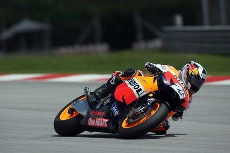 MotoGP 2011, día 2 en Sepang: Dani Pedrosa manda, Spies segundo