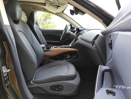 Aston Martin Prueba