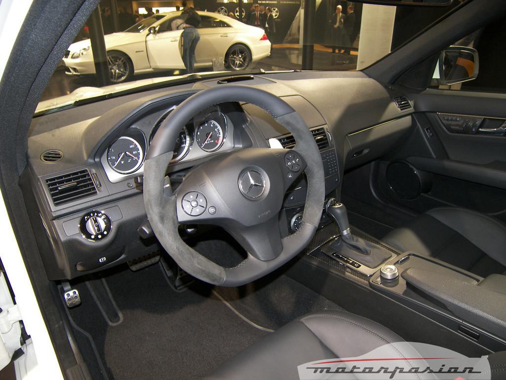Foto de Mercedes C63 AMG en el Salón de Ginebra (1/15)
