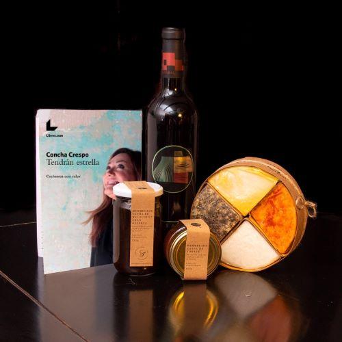 """""""Quiérete mucho"""" by Concha Crespo un gran regalo que te permite disfrutar de una combinación perfecta de productos gourmet seleccionados por Concha Crespo, periodista, escritora y crítica gastronómica. Incluye la versión e-book de su libro """"Tendrán estrella"""""""