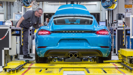 El Porsche 718 Cayman ya se fabrica y en breve saldrá de Zuffenhausen