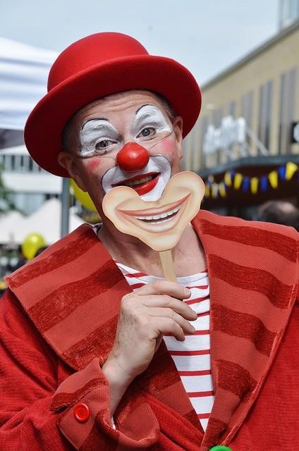 Clown 365375 640