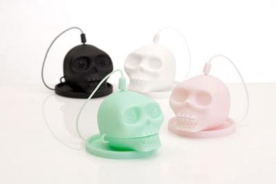 Unos originales mini cráneos de silicona para preparar el té