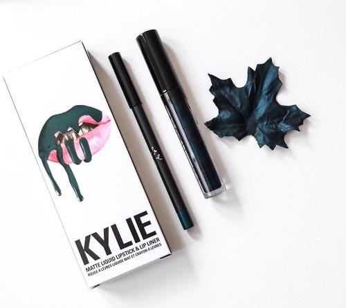 Kylie Cosmetics lanza una colección especial para Halloween, ¿estás preparada?