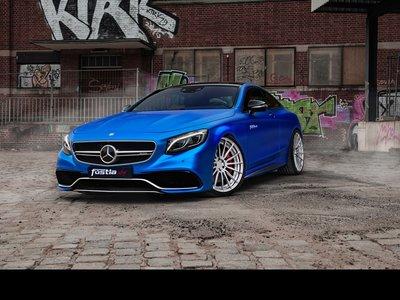 Fostla modifica el Mercedes-AMG S63 utilizando unos cuantos pliegos de vinil y algunos accesorios más