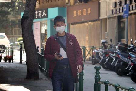 """China crea una app para """"detectar contactos cercanos"""": su gran sistema de vigilancia utilizado contra el coronavirus"""