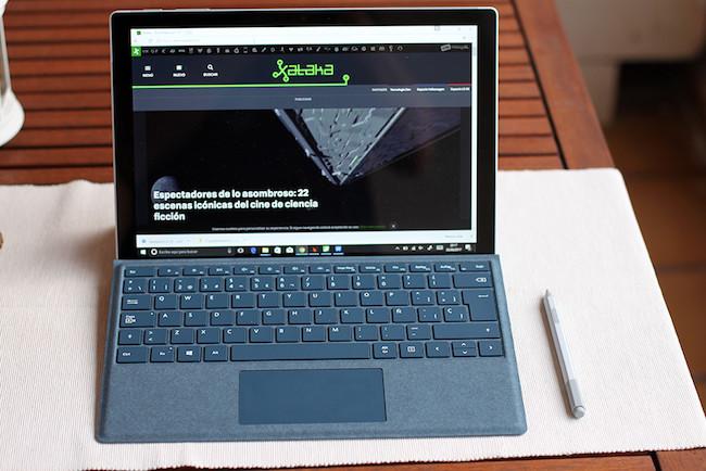 iPhone X, Microsoft Surface Pro y muchos portátiles rebajados en la vuelta al cole de Amazon: llega Cazando Gangas