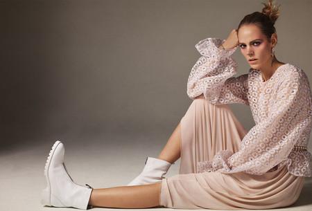 Zara empieza la semana con buen pie y nos presenta un nuevo lookbook con aires punk